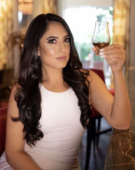 Bianca Espinosa - The Scotch Girl